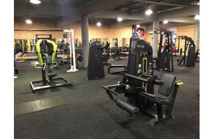 спортивное оборудование для тренажерного зала